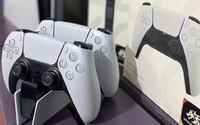 Šéf Xboxu vychválil ovladač k nové PS5