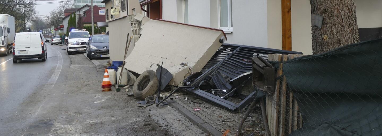 Šel vynést odpadky a domů už se nikdy nevrátil. Na muže v Praze spadla zeď a zabila ho