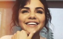 Selena Gomez sa definitívne lúči s Justinom Bieberom. Ďakuje mu, že ju spravil silnejšou, videoklip natočila na iPhone 11 Pro