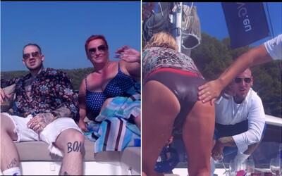 Separ a Dame mají v klipu staré ženy a drahou jachtu