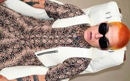 Separ v outfite za 5 000 eur či štýlová armáda Milion Plus. Domáce známe tváre si módu užívajú plnými dúškami