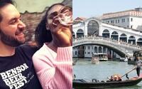 Serena Williams měla chuť na italské jídlo, tak ji manžel vzal do Itálie na spontánní výlet do Benátek