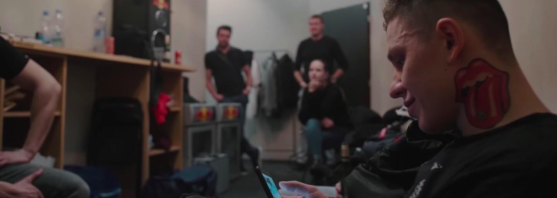 Sergei Barracuda a Pastor zveřejňují dokumentární film, který mapuje příběh AK X Tour z pohledu backstage