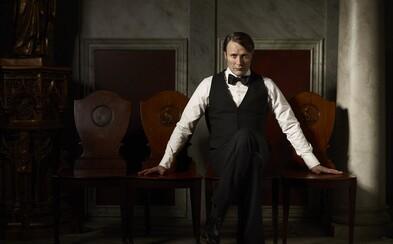 Seriál o chladném vrahovi Hannibalovi se dočká třetího prodloužení. Nenech si ujít nejnovější fotografie