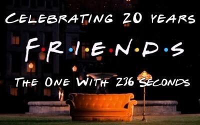 Seriál Priatelia oslavuje svoje 20. výročie 236 sekundovým spomienkovým video