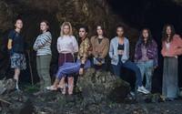 Seriál The Wilds bude prvním young adult dramatem od Amazonu. Skupina teenagerek v něm bojuje o přežití na opuštěném ostrově