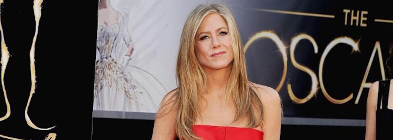 Seriálová Rachel vo februári oslávila neuveriteľných 48 rokov. Svojou postavou, vlasmi a pleťou by sa však mohla rovnať dvadsaťpäťke
