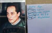 Sériový vrah Rigo psal naší redaktorce na Valentýna. Na památku jí věnoval podepsanou fotografii, o vraždách ale mlčel