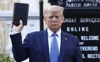 Šest lidí z týmu Donalda Trumpa má koronavirus. Americký prezident má ale ještě jeden větší problém