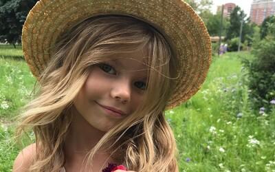 Šestiletá Ruska je označována za nejkrásnější holčičku na světě