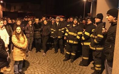 Šestiletou dívku Jesenicka nalezli mrtvou. Do pátrání zapojily desítky policistů, hasičů i dobrovolníků