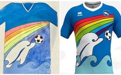 Šestiletý kluk navrhl dresy italskému fotbalovému klubu. Hráči v nich budou příští sezónu hrát