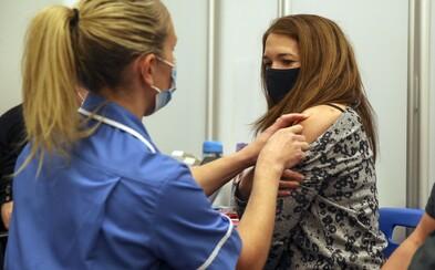 """Sestrička """"očkovala"""" ľudí soľným roztokom. Chcela tak zakryť, že vakcíny nechtiac rozbila"""