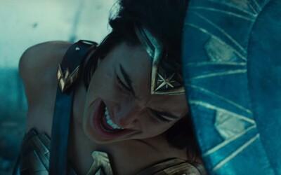 Sexi Amazonky na čele s Wonder Woman idú do vojny v prekvapivo akčnom a údernom traileri