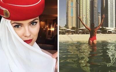 Sexi letušky svojimi fotkami ovládli Instagram. Ak práve nelietajú, život si užívajú plnými dúškami