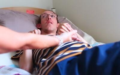 Sexuálna asistentka: Pomáhala som pri sexe aj páru, obaja boli na vozíku a potrebovali tretiu osobu (Rozhovor)