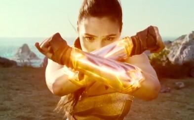 Sexy Gal Gadot zachraňuje ako Wonder Woman svet pred ničivou vojnou. Odhalil sa nám v nadupanom traileri najlepší DCEU film doteraz?