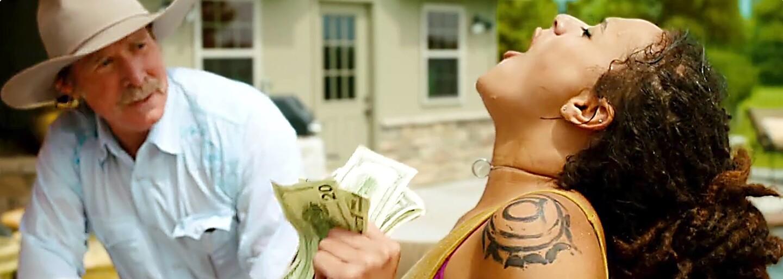 Shia LaBeouf si užívá svobody a jde si za svým americkým snem v traileru k atmosferickému American Honey