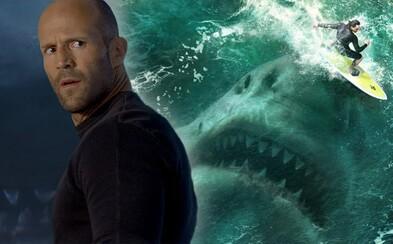 Šílená zábava s gigantickým žralokem a Jasonem Stathamem se nekonala. The Meg je jen dalším generickým blockbusterem (Recenze)