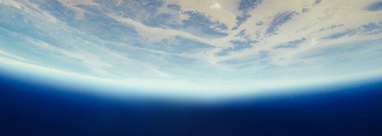 Šílenec se vystřelil do vzduchu, aby dokázal, že Země je placatá. Let v podomácku sestrojené raketě ho téměř stál život