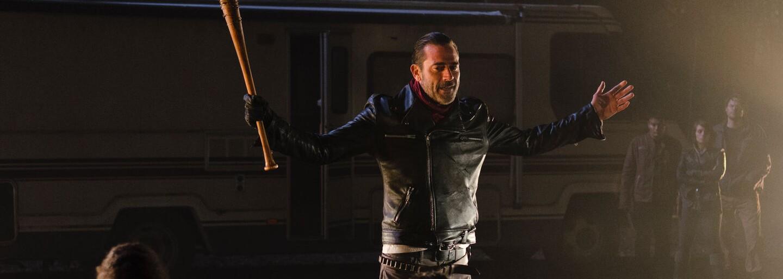 Siedma séria The Walking Dead bude drsnejšia a postaví Rickovu skupinu proti najväčšiemu záporákovi seriálu