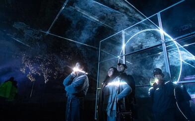 Signal Festival je za námi. Přinesl úchvatné promítání na známé pražské budovy, podívej se na fotografie