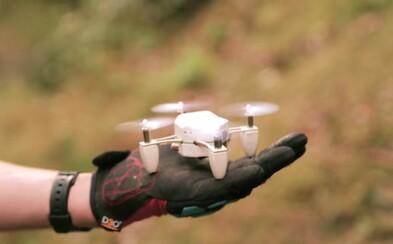 Šikovný dron vo veľkosti tvojej dlane, pozeráme sa na budúcnosť fotografie?