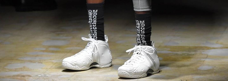 Silueta Air Foamposite One od Nike hlásí návrat na scénu ve velkém stylu, a to během přehlídky Comme des Garçons
