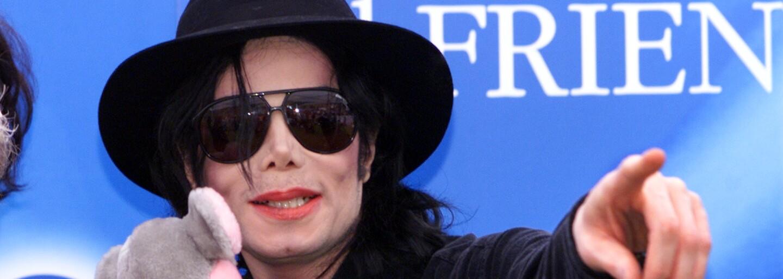 Simpsonovci stiahli epizódu s Michaelom Jacksonom. Môže za to dokument o jeho údajnom sexuálnom obťažovaní chlapcov