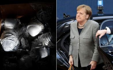 Šíri sa hoax, že Merkelová zhabala zdravotné pomôcky určené pre Slovensko. Zdieľal ho aj bývalý poslanec SNS