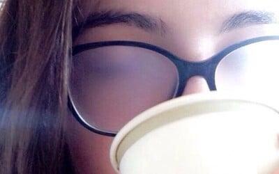 Situace, které zažívá každý, kdo pravidelně nosí brýle. Poznáš se v nich i ty?