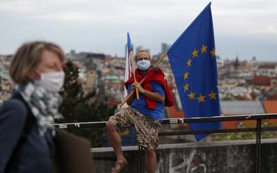 Situace v Česku je znepokojivá, uvádí WHO ve spojitosti s koronavirem