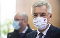 Situácia je vážna, slovenských pacientov s koronavírusom v ťažkom stave prevezú letecky do Nemecka