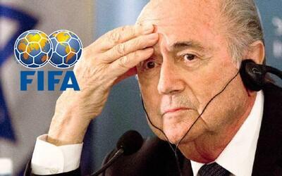 Skandál ve FIFA: Z korupce je obviněno hned několik současných, ale i bývalých funkcionářů