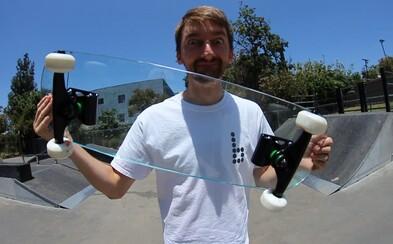Skateboard vyrobený z čistého skla? Chalani testujúci dosky z nezvyčajných materiálov si ho však dlho neužili