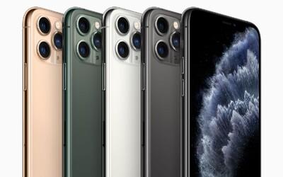 Skla nových iPhonů jsou, zdá se, za normálních okolností nezničitelná. Jak telefony dopadly po pádu z více než tří metrů?