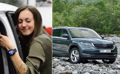 Škoda bystro zareagovala na bizarné podmienky predajcu áut, od ktorého česká youtuberka dostala luxusné BMW