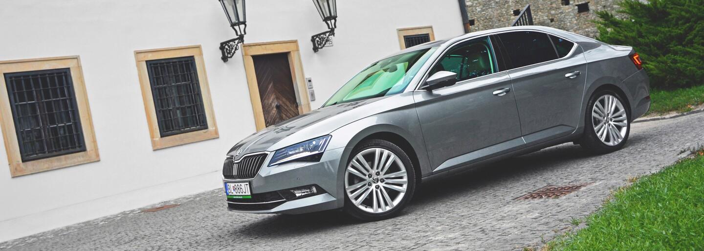 Škoda Superb 2.0 TDI: Z Mladé Boleslavi až na hrad (Test)
