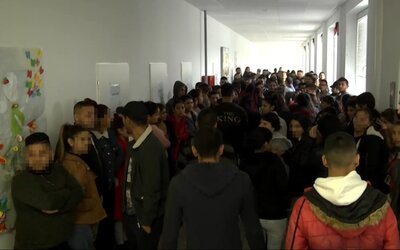 Škola v Trebišove spravila rekord: prepadlo v nej všetkých 451 prvákov, teraz ju chce štát zrušiť