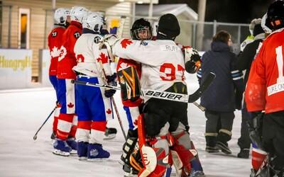 Skončil sa najdlhší hokejový zápas. Trval nepretržitých 252 hodín a padlo viac ako 5-tisíc gólov