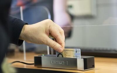 Skontroluj si občiansky preukaz, 35-tisíc ľudí na Slovensku ho má už neplatný