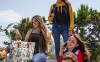 Skoro 40 % slovenských školákov používa smartfón, aby sa cítili lepšie, keď im je nanič. Každé 3 minúty kontrolujú notifikácie