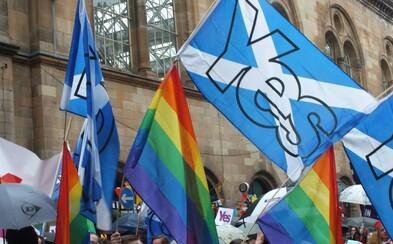 Skotská vláda zavádí povinné hodiny LGBT na školách