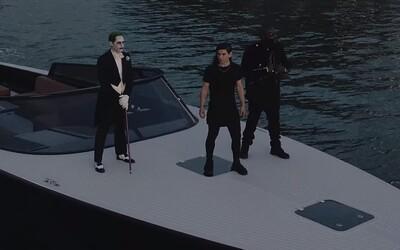 Skrillex, Rick Ross a Jared Leto ako Joker ovládajú podsvetie v Miami v klipe na skladbu zo Suicide Squad