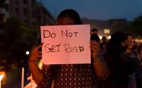 Skupina mužů v Indii opakovaně znásilňovala 15letou dívku, mučili ji 8 měsíců