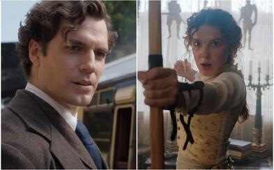 Skvelý trailer Enola Holmes predstavuje Sherlockovu mladšiu sestru. Hrať ju bude Millie Bobby Brown