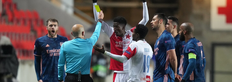 Slavia vyhořela s Arsenalem 0:4. Kvůli půlhodině prvního poločasu si semifinále Evropské ligy nezahraje
