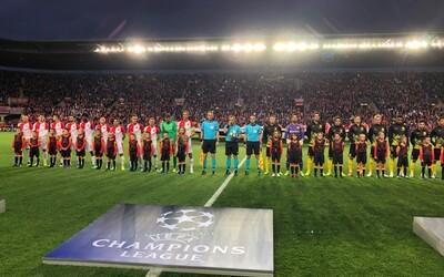 Slávisté drželi před zápasem s Dortmundem minutu ticha za Karla Gotta