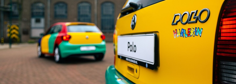 Slavné Polo Harlekin je zpět. Volkswagen oživil nečekaně úspěšný pestrobarevný kult z 90. let