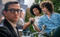Sleduj skvelý trailer pre prvý oscarový materiál od Netflixu. Sacha Baron Cohen v ňom vedie revolúciu v uliciach Chicaga